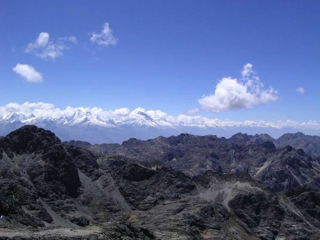 Widok na Cordillera Blanca i Cordillera Negra (fot. commons.wikimedia.org)