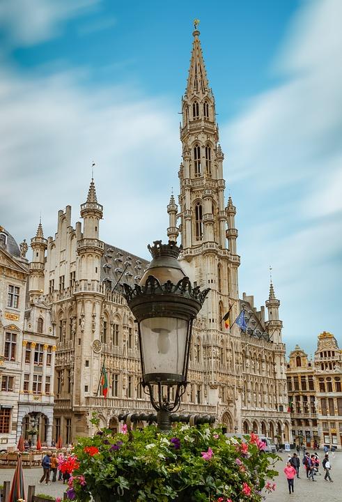 Grote Markt z perspektywy lampy (fot. pixabay.com)