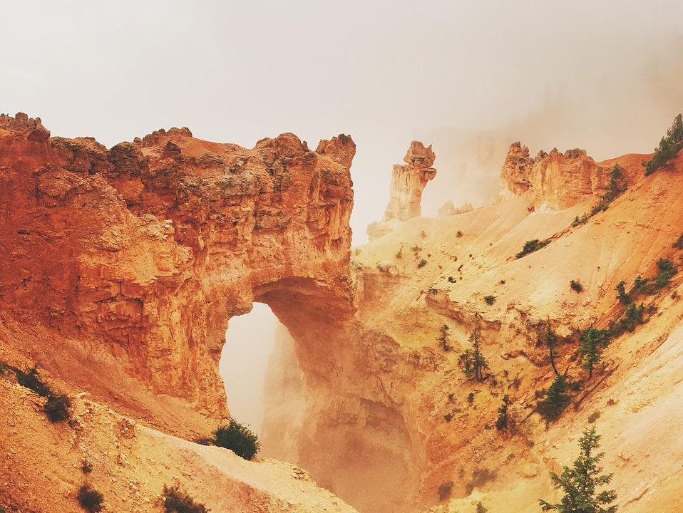 Natural Bridge (fot. pixabay.com)
