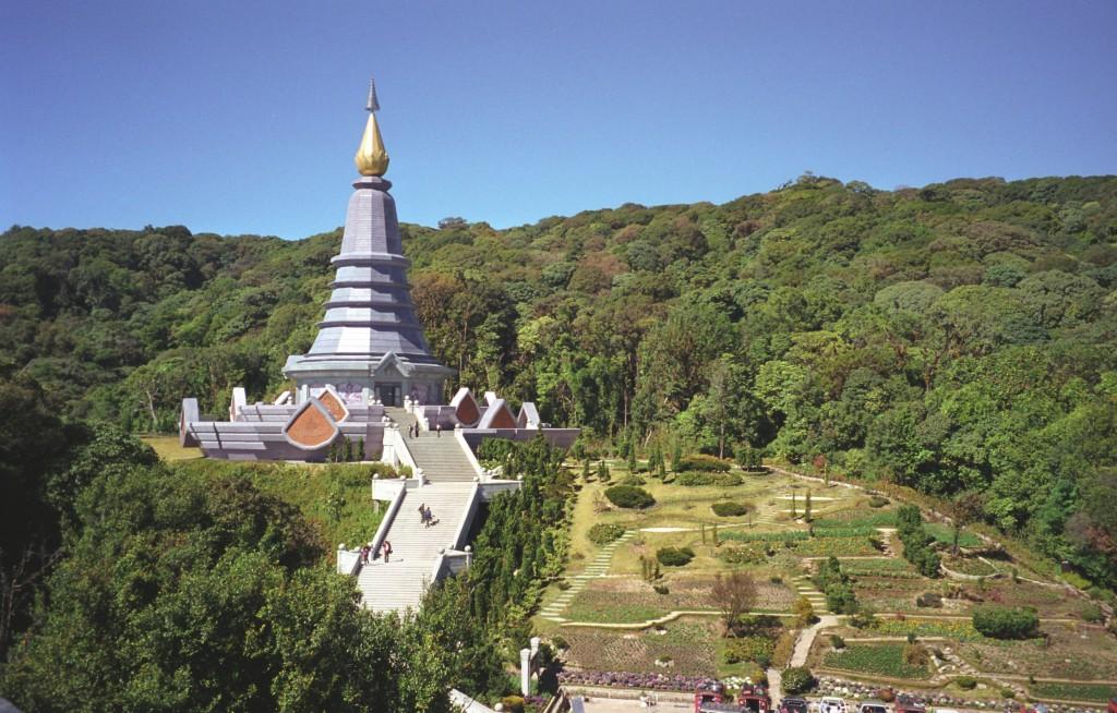 Wat Chedi Doi Inthanon (fot. commons.wikimedia.org)