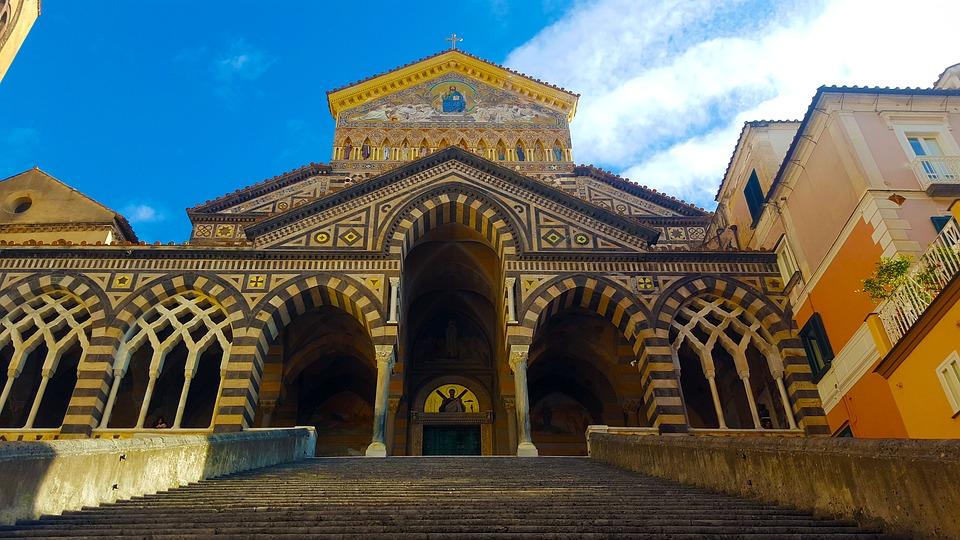 Katedra (fot. pixabay.com)