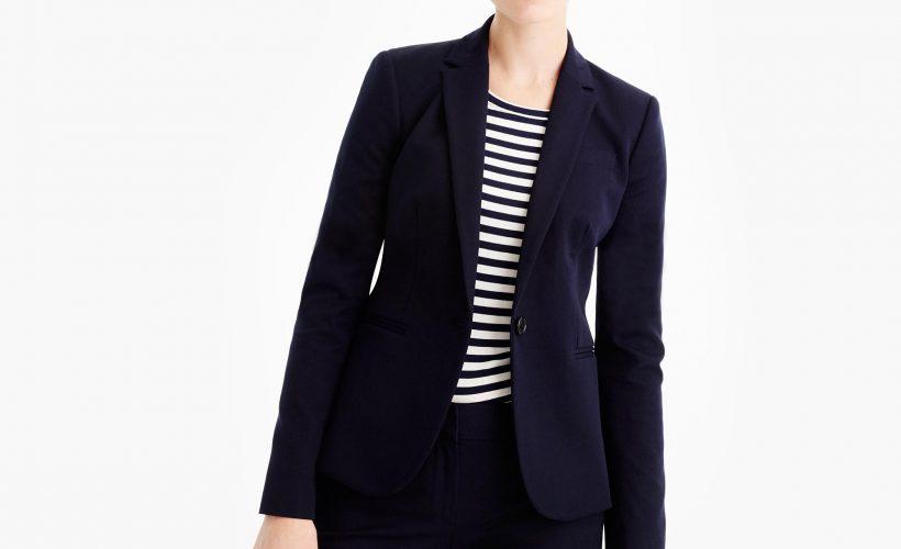fc593922b7 Home Moda Ubrania damskie Marynarki Damskie garnitury – jak je nosić