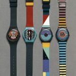 Nowe modele SWATCH to hit sezonu. Marka wypuściła na rynek kolekcję GALA NIGHT, a w niej znajdziecie wszystko to, o czym marzycie w wersji dla niej i dla niego. Sprawdźcie nasz hot news! Nowe modele SWATCH Nowe modele SWATCH swatch.com Swatch wypuścił na rynek nową kolekcję zegarków. Kolekcję sygnuje nazwa GALA NIGHT, a stworzone zegarki są odpowiedzią na nadchodzące trendy. Kolekcja bazuje na odcieniach czerni i bieli, z dodatkami srebra i złota. Klasyka rzekłoby się w najprostszym wydaniu. I o to właśnie chodzi. Swatch zawsze projektował rzeczy praktyczne o designerskim looku. Tak jest i tym razem. Spójrzcie na model po lewej stronie. Czarny pasek w połączeniu ze złotą tarczą i czarnymi wskazówkami. Dla nas to absolutny hit. Jeśli chcecie sprawdzić inne modele, odwiedźcie koniecznie sklep internetowy Swatcha. Ceny ze zegarek w kolekcji rozpoczynają się od 215 zł. Jakie są modne zegarki damskie? Na pewno te ze sklepu SWATCH!