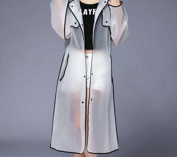 Transparentny płaszcz