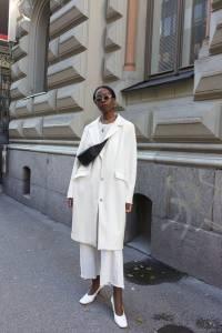 Białe stylizacje dla kobiet